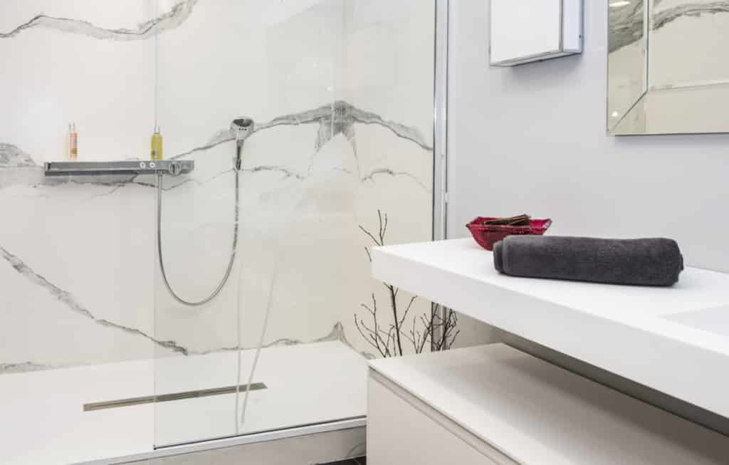 Robinetterie Salle de bain blanc