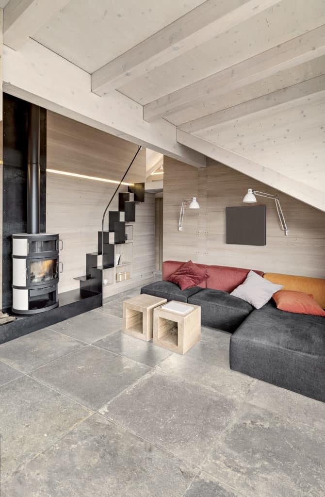 Carrelage effet pierre et cheminée