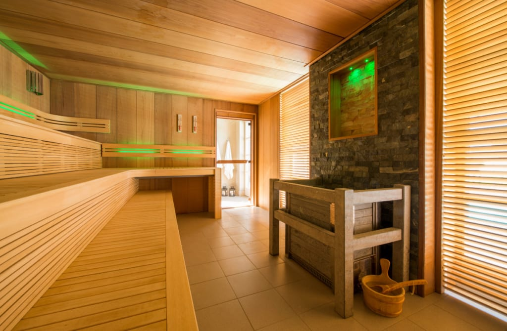 Grand sauna traditionnel